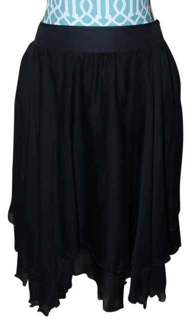 Preload https://item5.tradesy.com/images/dolce-and-gabbana-black-d-and-g-small-knee-length-skirt-size-4-s-27-10403209-0-1.jpg?width=400&height=650