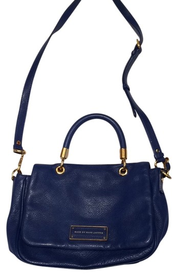 Preload https://img-static.tradesy.com/item/10403221/marc-by-marc-jacobs-cobalt-blue-leather-tote-0-1-540-540.jpg