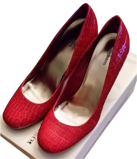 Preload https://item2.tradesy.com/images/style-and-co-cherry-red-pumps-size-us-85-regular-m-b-10404976-0-1.jpg?width=440&height=440