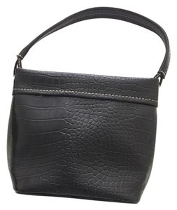 Liz Claiborne Pop Casual Textured Tote in Black