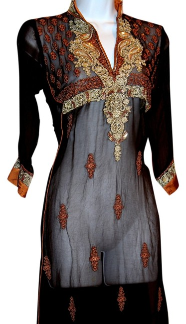 Preload https://img-static.tradesy.com/item/10407961/india-boutique-brown-and-gold-metallic-embroidery-hand-made-silk-new-long-casual-maxi-dress-size-4-s-0-2-650-650.jpg
