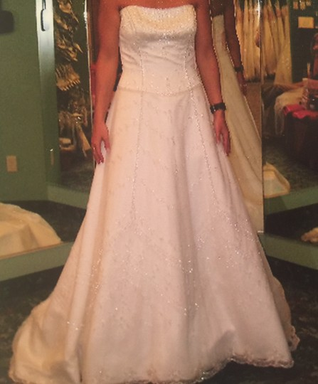 2 be bride Ivory Satin Traditional Wedding Dress Size 6 (S)
