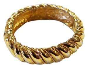 St. John ST JOHN VINTAGE GOLD 22K ELECTROPLATED SIGNED TEXTURED BANGLE BRACELET