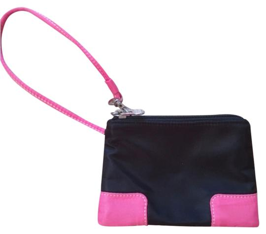 Preload https://item4.tradesy.com/images/black-and-pink-wristlet-10414483-0-1.jpg?width=440&height=440