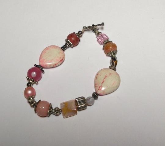 Other Pink Howlite, Pearl, Quartz and Glass Handmade Bracelet A070
