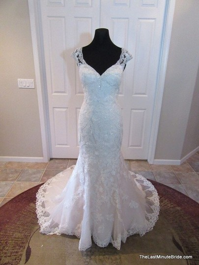 Preload https://img-static.tradesy.com/item/10415611/essense-of-australia-ivory-lace-and-moscato-tulle-over-almond-gown-beaded-d2002-modern-wedding-dress-0-0-540-540.jpg