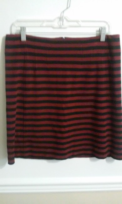 Banana Republic Skirt Red, Black