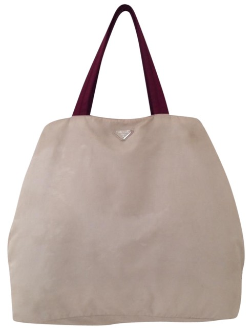 Item - Impossible To Find Tote Beige Maroon Nylon Beach Bag