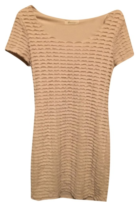 Preload https://img-static.tradesy.com/item/10417537/forever-21-beige-mid-length-short-casual-dress-size-4-s-0-1-650-650.jpg