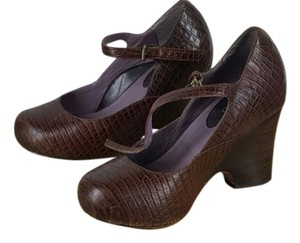 Taryn Rose Brown Wedges