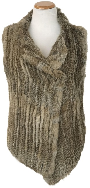 Preload https://item4.tradesy.com/images/joie-warm-natural-andoni-fur-vest-size-6-s-10417738-0-3.jpg?width=400&height=650