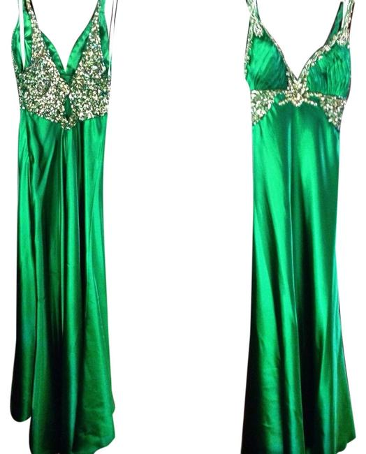 Preload https://img-static.tradesy.com/item/1042142/terani-couture-green-emerald-long-formal-dress-size-2-xs-0-0-650-650.jpg