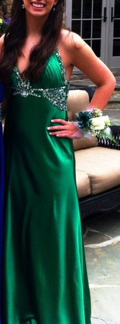 Terani Couture Emerald Embellished Crystal Jewels Long Halter Prom Formals Sorority Ball Gown V-neck Dress