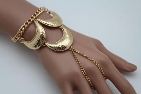 Other Women Gold Metal Hand Chain Fashion Wrist Bracelet Slave Ring Moons Crescent