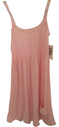 Preload https://item3.tradesy.com/images/juicy-couture-pink-night-gown-and-robe-10422127-0-1.jpg?width=440&height=440