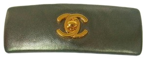 Chanel AUTHENTIC CHANEL VINTAGE CC LOGOS HAIR BARRETTE GREEN LEATHER FRANCE M09241