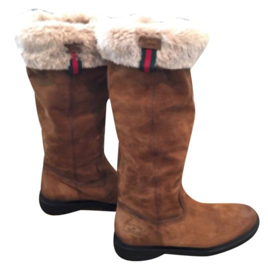Preload https://item4.tradesy.com/images/gucci-tan-and-white-don-t-have-bootsbooties-size-us-8-regular-m-b-10423138-0-1.jpg?width=440&height=440