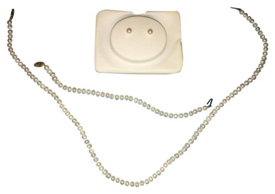 Preload https://item1.tradesy.com/images/pearl-necklace-10424140-0-1.jpg?width=440&height=440