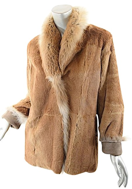 Preload https://item5.tradesy.com/images/brown-reversible-rabbit-shearling-w-fox-fur-collar-us68-leather-jacket-size-8-m-10428904-0-1.jpg?width=400&height=650