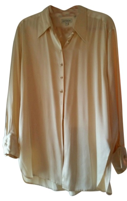 Preload https://item3.tradesy.com/images/ann-taylor-cream-silk-with-french-cuffs-blouse-size-12-l-10429237-0-1.jpg?width=400&height=650