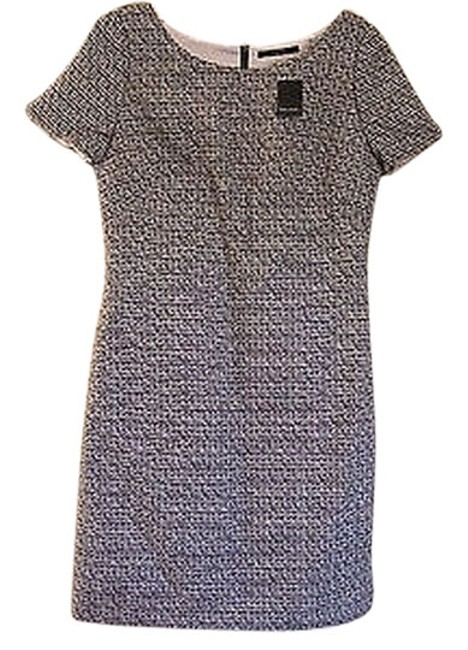 Preload https://item2.tradesy.com/images/t-tahari-cremenavy-sapphire-kacey-above-knee-workoffice-dress-size-2-xs-1042966-0-0.jpg?width=400&height=650