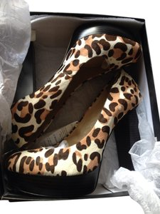 INC International Concepts Cheetah Platforms