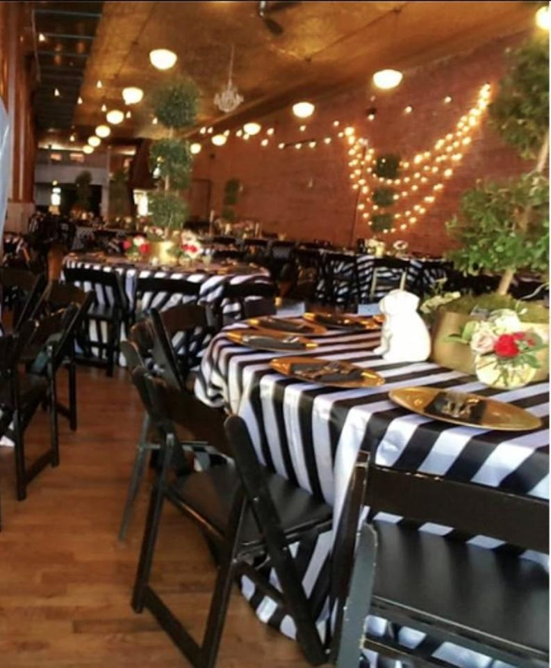 Enjoyable Black And White Kate Spade Inspired Striped Tablecloth 58 Off Retail Home Interior And Landscaping Synyenasavecom