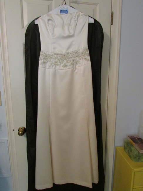 Item - Ivory/Cream Silk Vintage Wedding Dress Size 4 (S)