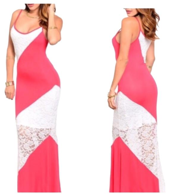 Preload https://item2.tradesy.com/images/peach-and-white-long-casual-maxi-dress-size-12-l-10435786-0-1.jpg?width=400&height=650