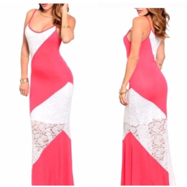 Preload https://item5.tradesy.com/images/peach-and-white-long-casual-maxi-dress-size-6-s-10435864-0-1.jpg?width=400&height=650