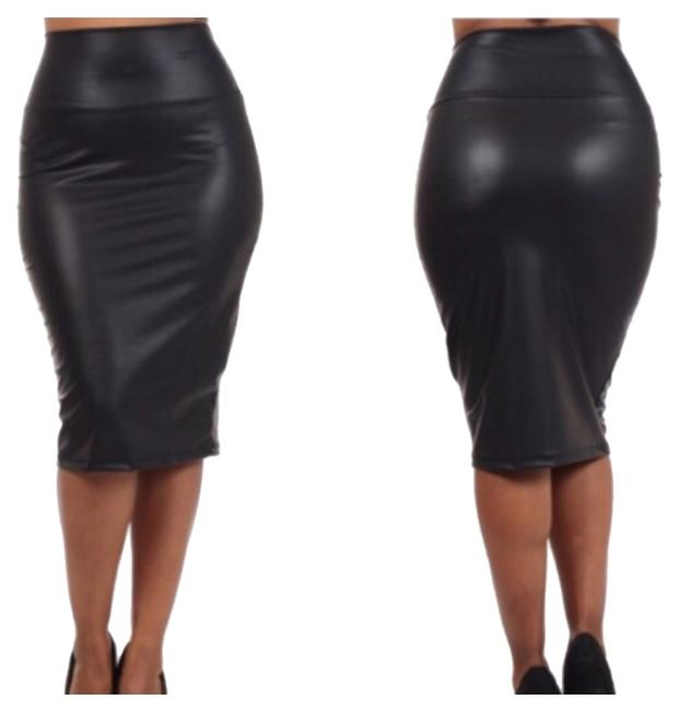 Preload https://item5.tradesy.com/images/black-faux-leather-high-waisted-midi-skirt-size-14-l-34-10436314-0-1.jpg?width=400&height=650