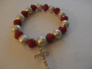 NEW FASHION BRACELET RED/WHITE ELASTIC SIZE M