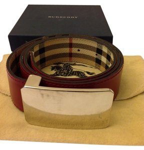 Burberry Authentic Burberry leather reversible belt