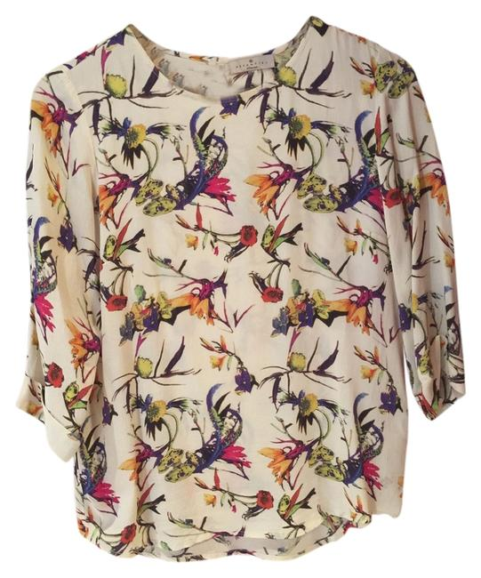 Preload https://item2.tradesy.com/images/floral-multi-blouse-size-6-s-10437631-0-1.jpg?width=400&height=650