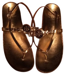 Tory burch gold flats Sandals