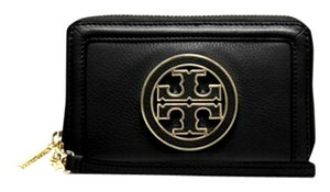 b4ff45df05a9 Tory Burch Tory Burch Amanda Smartphone Wristlet Wallet in Black Pebbled  Leather