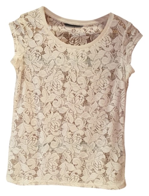 Preload https://item3.tradesy.com/images/dorothy-perkins-cream-tee-shirt-size-6-s-10438522-0-1.jpg?width=400&height=650