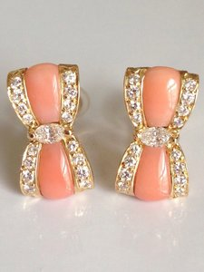 Van Cleef & Arpels Van Cleef & Arpels Vintage 18k Yellow Gold Coral Diamond Bow Earrings