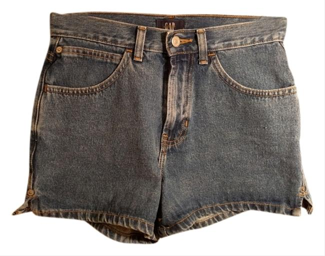 Preload https://item4.tradesy.com/images/gap-denim-perfect-length-minishort-shorts-size-2-xs-26-10439203-0-1.jpg?width=400&height=650