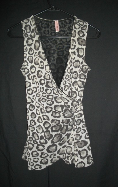 Sweet Pea by Stacy Frati Double Mesh Sleeveless V-neck Top Gray