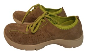 Dansko Sneakers Suede tan Athletic