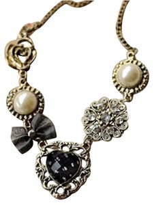 New Charm Bib Necklace Brass Black White Hearts J1810
