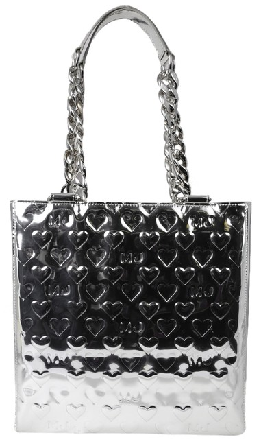 Item - Mj Hearts Metallic Silver Patent Leather Tote