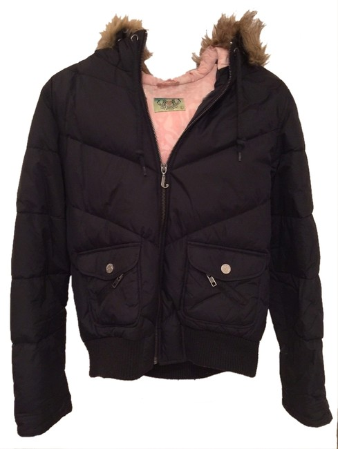 Preload https://item4.tradesy.com/images/juicy-couture-black-short-puffer-faux-fur-trimmed-jacket-size-petite-12-l-10441423-0-1.jpg?width=400&height=650