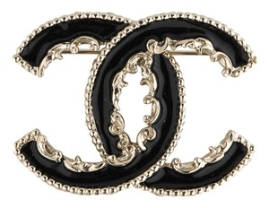 Chanel Black Enamel CC Brooch