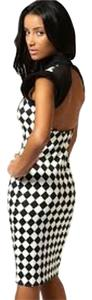 Boohoo Chic Cut-out Shoulder Open Houndstooth Dress
