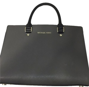 Michael Kors Satchel in Grey/Black