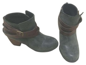 Restricted Blueish gray Boots