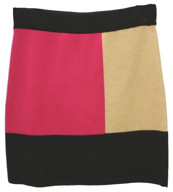 Preload https://img-static.tradesy.com/item/10445659/ann-taylor-loft-elastic-waistband-colorblock-knit-pencil-knee-length-skirt-size-2-xs-26-0-1-650-650.jpg