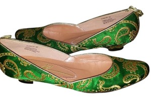 Saks Fifth Avenue green/gold Flats